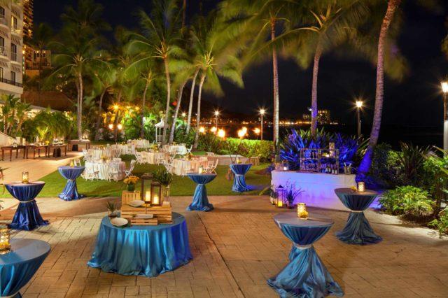 Waikiki Resorts Moana Surfrider A Westin Resort Amp Spa